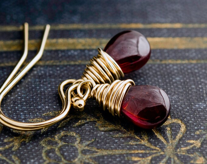 Garnet Gemstone Gold Drop Earrings, Red Crystal Gold Dangle Earrings