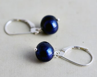Blue Freshwater Pearl Earrings, Midnight Blue Freshwater Pearl Dangle Earrings on Sterling Silver, Navy Blue Freshwater Pearls