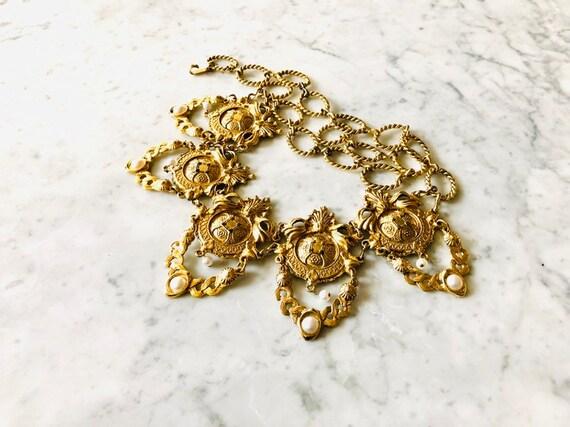 BELT VINTAGE 80's Gold Metal Belt medallions Total