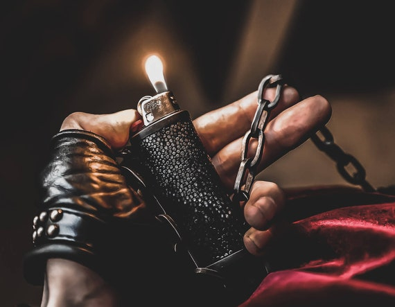 BLAZE & CHAIN Metal and Leather Lighter Holster