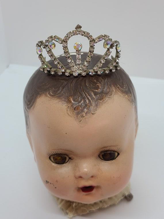 Vintage rhinestone tierra crown