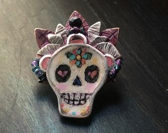 Painted Skull pin pendant combination