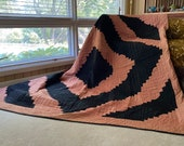 Amish Patchwork Log Cabin Barn Raising Quilt. 1920s. Peach and Black Sateen