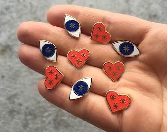Clear Eyes, Full Hearts pin set