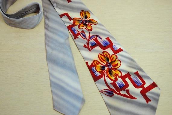Vintage 1940s hand painted men's tie, silk, painte