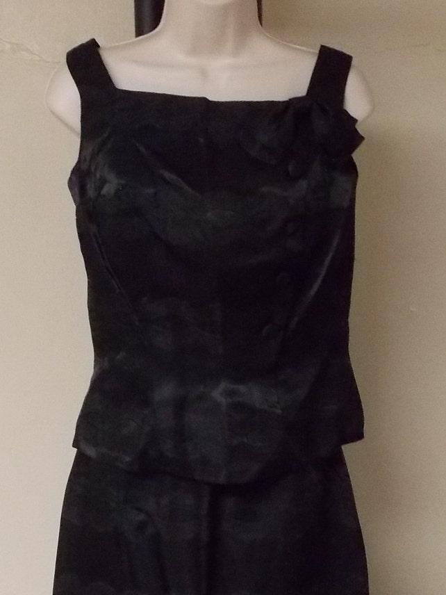 A Cadillac Original vintage rich black brocade skirt suit set train for skirt flare hem top