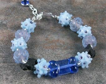 Singin the Blues Lampwork Glass OOAK Scottie Bracelet - B-96s
