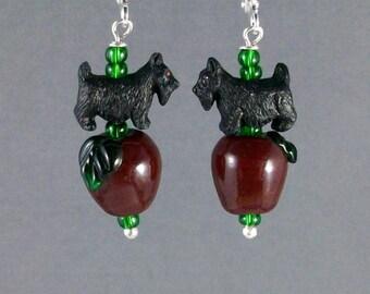 Red Delicious Apple Lampwork Glass OOAK Artisan Scottie Dangle Earrings - E-194s