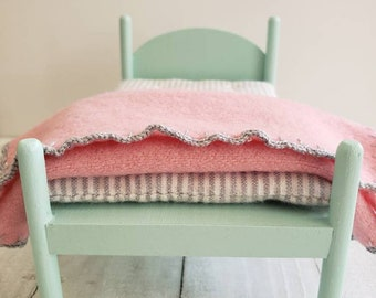 Miniature Wool Blanket - Fits Medium Doll Bed - Pink with Gray Crochet