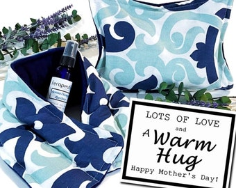 Mothers Day Gift Set, A Warm Hug for Mom, Mothers Day Card with Comfort Care Package, Mday Present