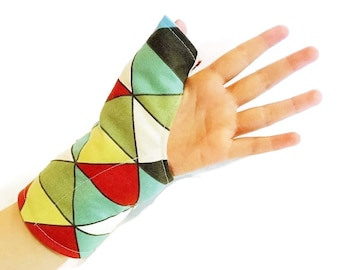 Thumb Heat Wrap, Right or Left Hand Wrist Thumb, Texting, Knitting, Crochet, Tired Hand, Wearable Tech for Texting Thumb