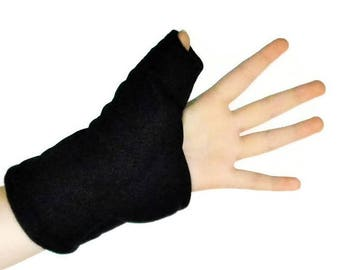 Thumb Joint Pain Relief with Heat Therapy Wrap