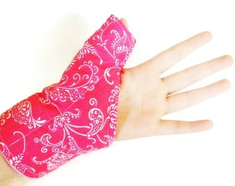 Pretty Thumb Wrap for Overuse of Thumb and Wrist, Texting, Typing or Sports Hot Cold Pack