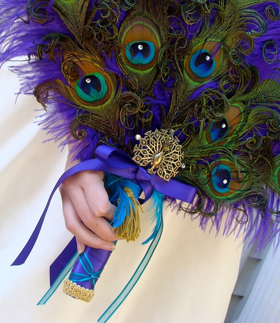 Diy Feather Bouquets Weddings: Renaissance Peacock Feather Bridal Fan Bouquet