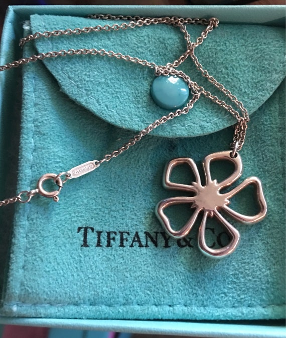 f298cdc55 Tiffany & Co Vintage Stencil Daisy Pendant and chain Retired | Etsy
