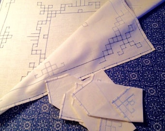 Vintage Tablecloth & Cocktail Napkins with Additional full size Tablecloth - Wedding Gift - Bridge Club - Glamping- Item #T0122