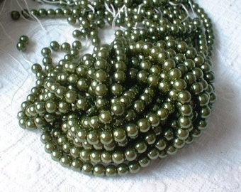 Glass Pearls, 4mm, AAA, Green, 1 strand, 16 inches. No.32702   LAST STRAND