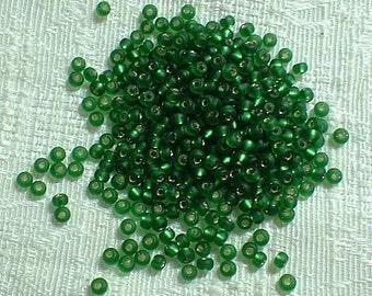 Miyuki 8-0 Seed Beads, Matte Silverlined Green, 10 Grams  8/16F