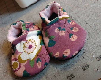Pink cherry blossom crib shoes infant toddler