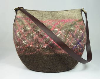 Large Felt Shoulder Bag, Felt Handbag, Felt Bag, Felt Bags for Women, Felted Purse, Felt Bags, Felted Bags, Wool Bags, Brown Shoulder Bag