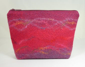 Pink Handmade Felt Accessory Bag, Felted Wool Zipper Pouch, Knitting Project Bag, Felt Travel Purse, Felted Jewellery Bag, Wool Felt Zip Bag