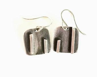 Mini Converging Lines Earrings, asymetrical, modern, minimalist earrings