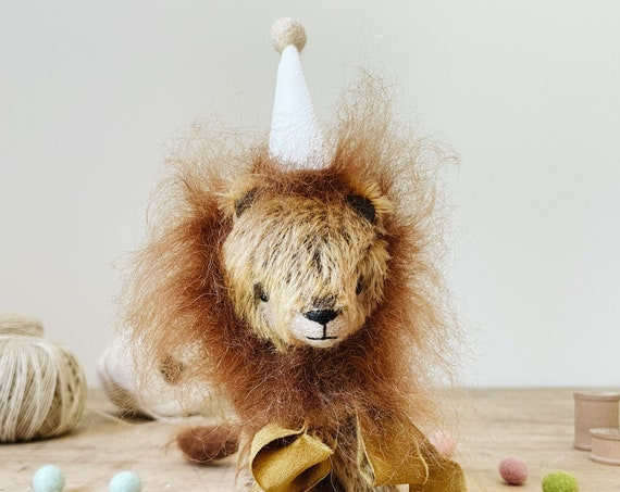 mohair lion in silk party hat