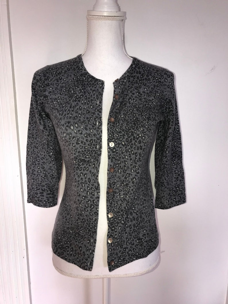 Clothing, Shoes & Accessories Women's Clothing Black And Gray Leopard Print Cardigan Size Small
