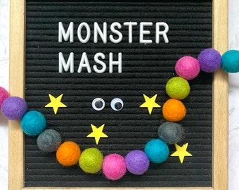 Felt pom pom garland kit, Halloween decoration, Halloween garland, Halloween craft kit, craft kit for kids, monster mash party decoration