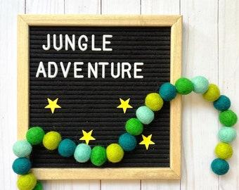 Felt pom pom garland kit, green pom pom garland, DIY craft kit, DIY felt pom pom garland kit, craft kit for kids, green decoration, jungle
