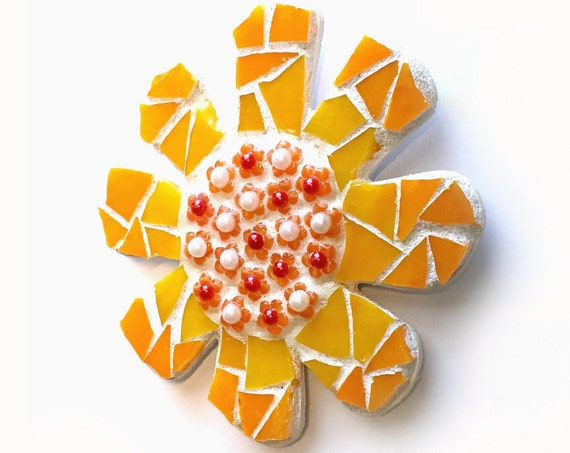 Mosaic Flower Magnet, Mosaic Orange Flower Magnet, Orange Daisy Magnet, Handmade Mosaic Magnet, Flower Magnet, Kitchen Orange Flower Magnet