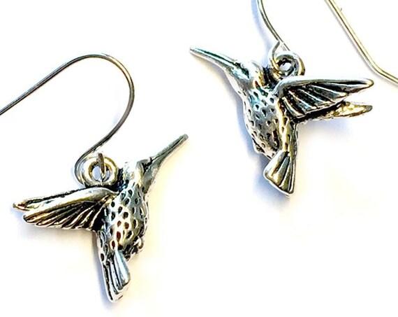 Hummingbird Earrings, Silvertone Hummingbird Earrings, Humming BirdEarrings, Dangling Pierced Hummingbird Earrings, Pierced Hummingbirds