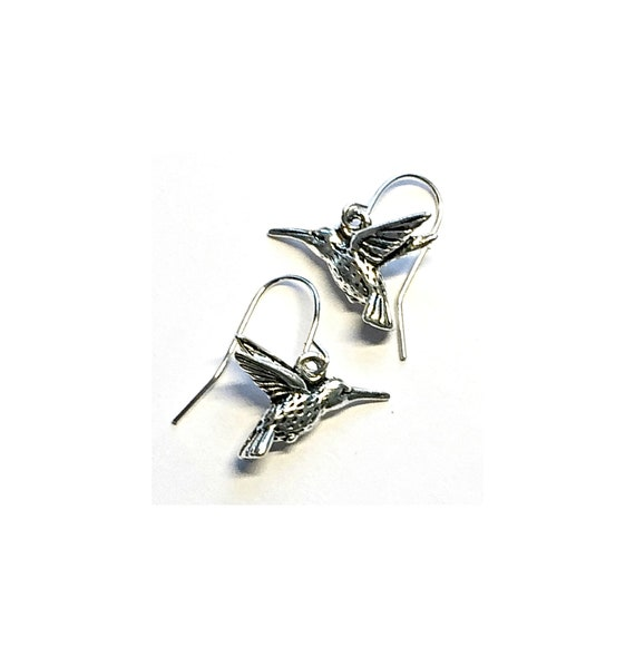 Hummingbird Earrings, Silvertone Hummingbird Earrings, Humming BirdEarrings, Dangling Pierced Hummingbird Earrings, Pierced Hummingbirds
