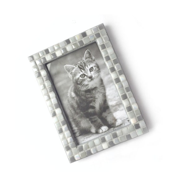 Mosaic Frame, Gray Grey Frame, 4x6 Glass Tile Frame, Handmade Picture Frame, Monochromatic Gray Mosaic Tile Frame, Grey Mosaic Photo Frame