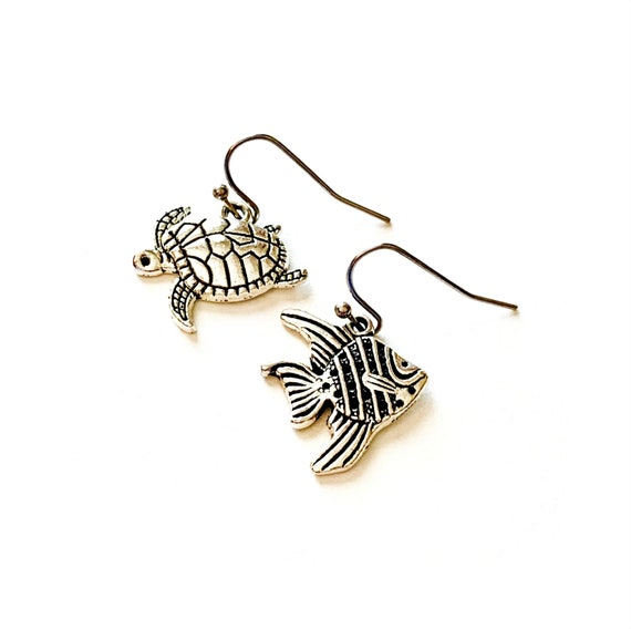 Turtle and Fish Earrings, Silvertone Sea Life Earrings, Handmade Turtle and Fish Earrings, Dangling Pierced Ocean Theme Sea Animal Earrings