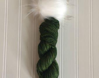 Fir Tree yarn and Pom Pom Set