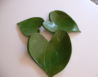 Leaf Green Pottery -set of 3 leaf nesting dishes-heart shaped-home decor-spoon rest-tea light holder