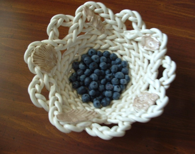 White Pottery Bowl-colander-fruit bowl- bread warmer-handcrafted- braided clay bowl-shell decor