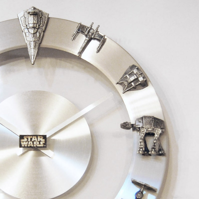 Star Wars Starships and Fighters Clock image 0