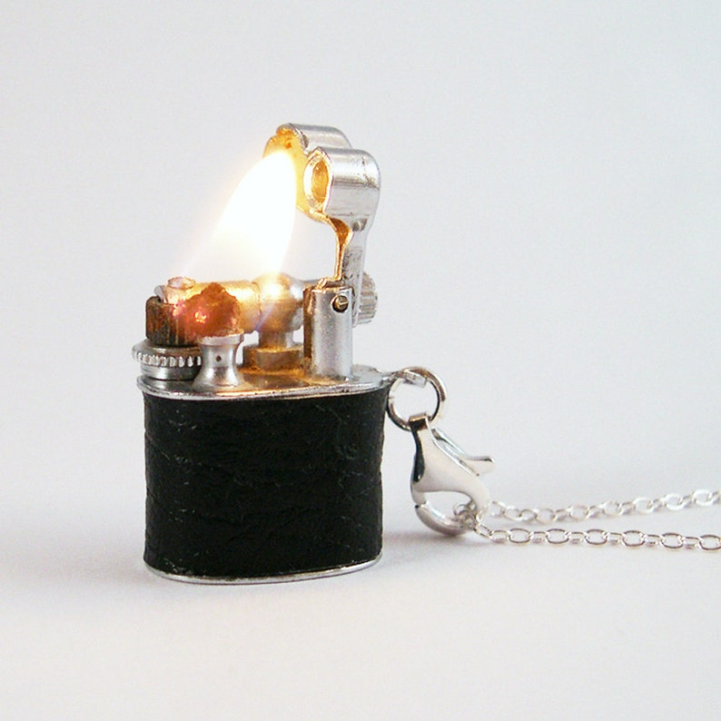 Vintage Working Lighter Necklace  Removable for lighting your image 0