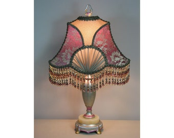 Vintage Table Lamp with Victorian Lamp Shade -  Her Majesty's Chamber   0402