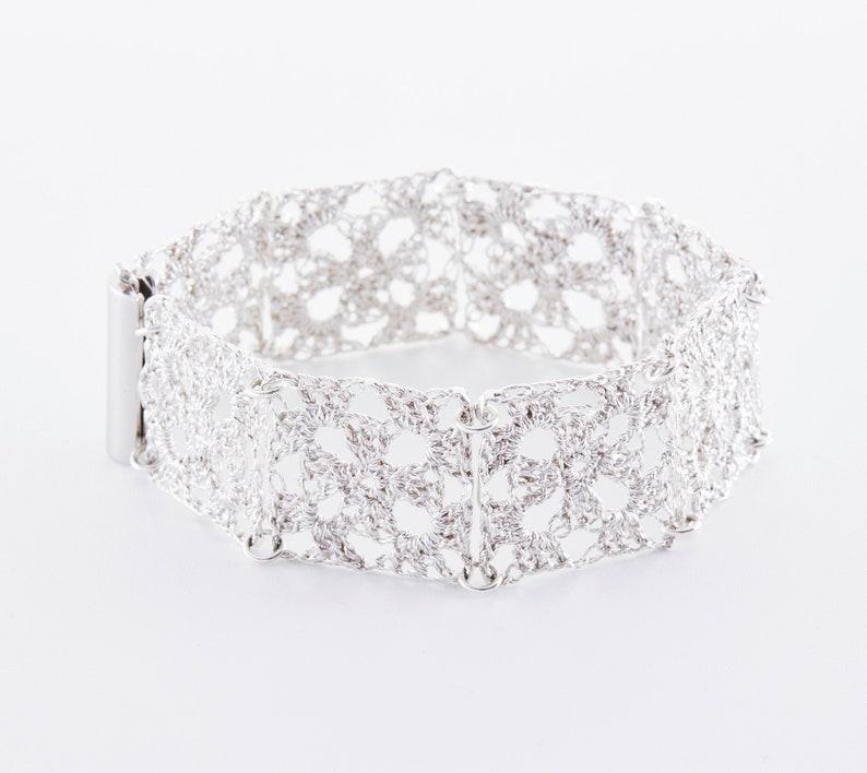 Crochet jewelry: Granny Square bracelet in 925 silver rose Silver