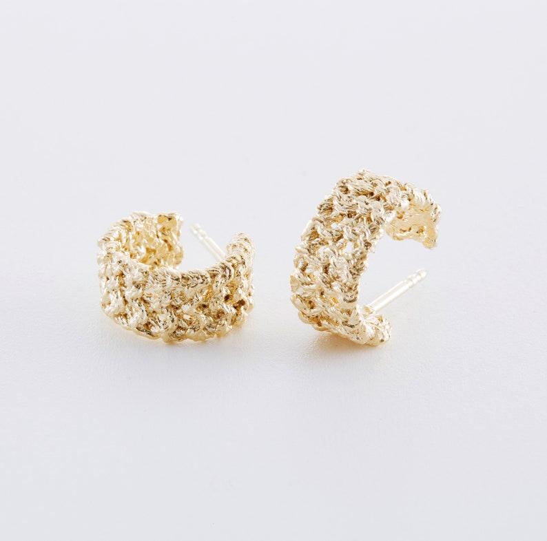 Knitted jewelry: Earrings hoop earrings kraus Gelbgold vergoldet