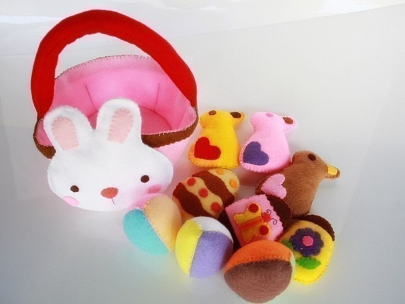 Bunny and Easter Eggs Set PDF Felt Sewing Pattern image 0