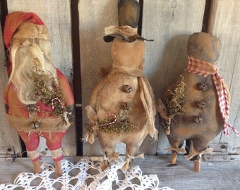 Primitive Grungy Santa Snowman Gingerbread Men dolls Pattern