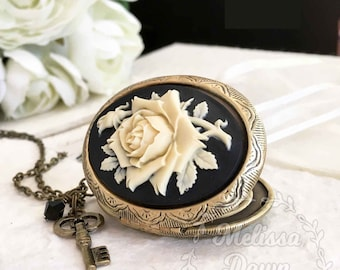 Locket Necklace// Rose Cameo Necklace // Cameo Necklace // Victorian Locket // Victorian Cameo // Cameo Locket Necklace // Rose Necklace