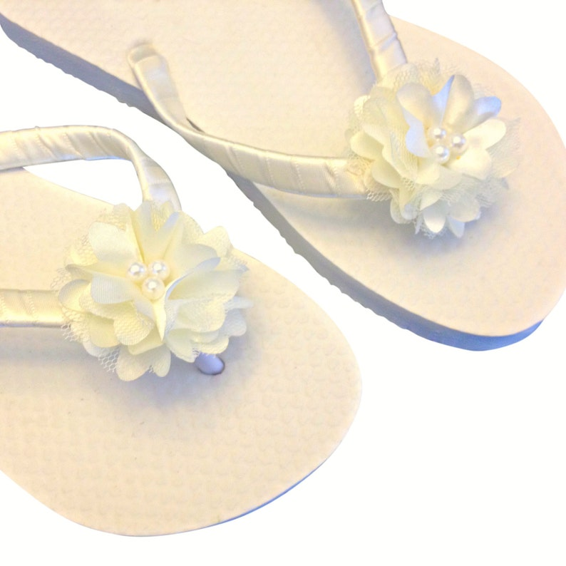 091ad0a6f6a25 Beach Wedding Flip Flops Flower Flip Flops Bridal Sandals