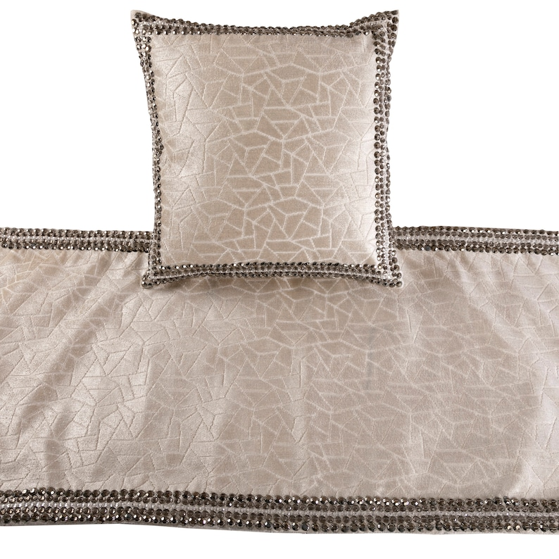 Mosaic Glory Bed Runner with Decorative Throw Pillow Cover 53 x 18 Inch Ivory Designer King Size Bed Scarf in Foil Velvet /& Bead Border