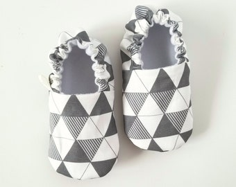 Triangulation Baby Shoes / Baby Moccasins / Childrens Indoor Shoes / Baby Moccs / Monochrome Baby / Monochrome Moccs / Vegan Moccs / Waldorf