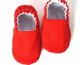 Classic Red Baby Moccs / Baby Shoes / Baby Moccasins / Childrens Indoor Shoes / Vegan Moccasins / Organic Baby Shoes / Vegan Moccs / Organic